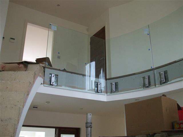Site Fixing Of Glass To Curved Stairs Small Athena