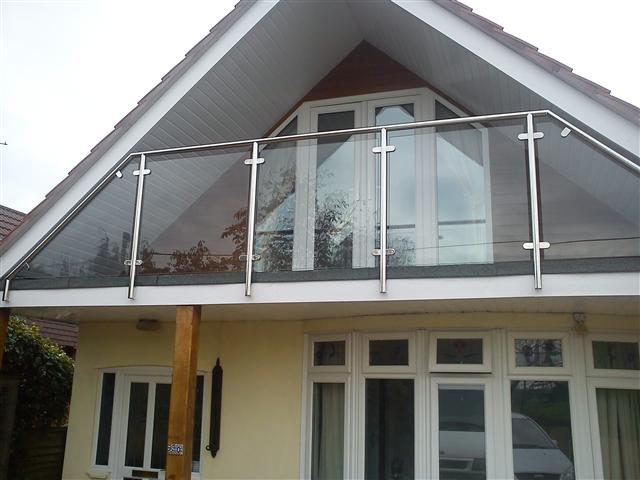 Balustrade in bournemouth and poole dorset athena for Glass balcony